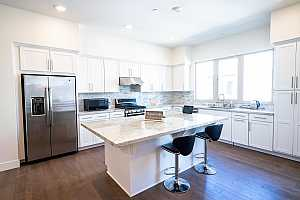 More Details about MLS # ML81835099 : 320 RIESLING AVE 32