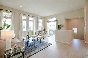 METRO AT COMMUNICATIONS HILL Condos for Sale