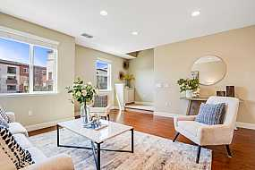 Browse Active AVENUE ONE Condos For Sale