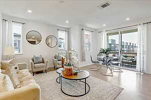 Browse active condo listings in ONYX