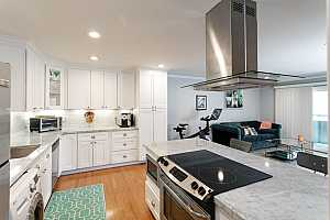 Browse active condo listings in REDWOOD CITY