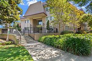 Browse active condo listings in 150 WEST EDITH AVE